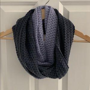 Blue/grey ombré Infiniti scarf